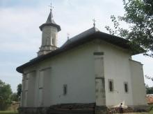 Biserica Sf. Ap. Petru si Pavel din Solca